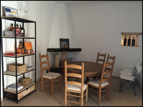 Ana Vins tasting room